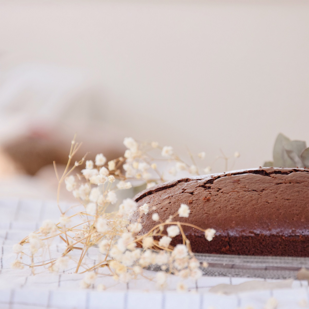 Dessert recipes for Valentine's Day: CBD chocolate cake